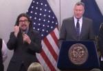 紐約市長演講 一旁手語哥誇張動作超搶鏡