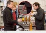 最糗圖片!英財政大臣照片 乍看有生殖器