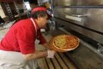 超級盃的「甜蜜負擔」 一塊披薩要台幣3500元