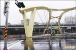 暖江橋試通車 路口缺行人穿越道