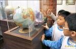 來看地圖地球儀 認識台灣