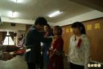 台東33名弱勢家庭學生獲頒普仁獎助學金