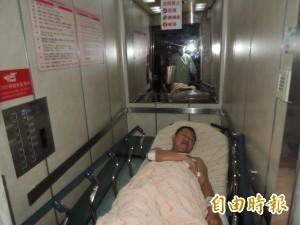 嘉市議員蔡榮豐深夜遭人毆傷 送醫後留院觀察