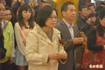 向天公祈求總統大位?蔡英文:只求台灣國泰民安
