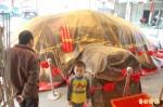 西螺朝興宮 7萬168台斤米龜王亮相