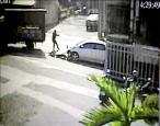 警飛車追贓車 轟12槍4傷沒逮到人