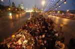 上千民眾悼念涅姆佐夫 直指俄總統普廷是兇手