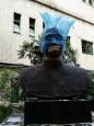 避免藍綠爭議 北市府不主動移校園老蔣銅像