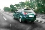 警方說法 國道抱狗開車 無危險舉證難罰