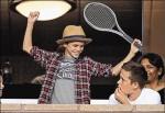 貝克漢次子打網球 教練誇「會在溫布頓奪冠」