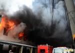 昨晚燒到今晨 台南仁德工廠大火仍在殘火處理