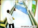小偷穿醫生袍 凌晨巡房偷包