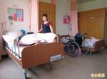 濟興長青園募款餐會 善心人士捐贈88張電動護理床