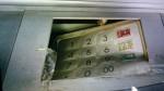 偷母金融卡領無錢 啃老兒「鐵拳」揍破提款機