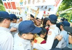 《TAIPEI TIMES 焦點》 M503 protests target Ma at Martyrs' Shrine event