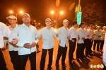 府前抗議亞投行被驅趕 轉陸委會表達訴求後散去