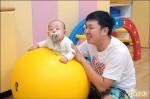 教新手育兒 市府托育中心開辦「爸爸日」