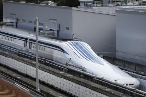 史上最快!日本磁浮列車飆破600公里時速