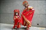 三歲半童愛川劇變臉 與父登台首演