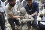 尼泊爾強震波及鄰國 孟加拉2死上百人傷