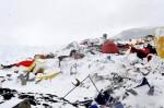 尼國強震引發聖母峰雪崩 生死一瞬間影片曝光!