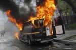 巴爾的摩警民衝突擴大 15名警察受傷