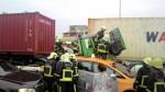 聯結車疑煞車不及  衝撞後釀2死6傷