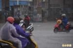 第一道梅雨鋒面報到 南部水庫久旱逢甘霖