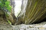枯水期限定景點─南化大地谷 5月還能前往