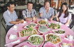 東石鮮蚵風味餐 7菜1湯2500元