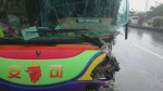 疑天雨路滑 墾丁遊覽車撞轎車6人受傷