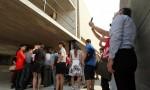 中國「最孤獨圖書館」走樣 遊客擠爆、人滿為患