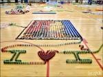 〈300畢業生參與〉 交大「狐疊效應」 推倒12萬片骨牌