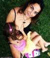 52歲媽餵母乳 6歲女兒還沒喝夠