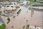 美兩州豪雨 3死12傷