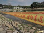 疑排水孔阻塞 北屯新都公園親水池變臭水池
