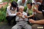 台南市長賴清德又救人 網友推爆有讚有噓