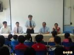 偏鄉教師一房擠三人 教育部長:研議改善教學環境