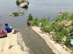 太驚險!國中生溪畔釣魚墜河 險滅頂斷腿