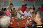 四湖飛沙長青食堂開飯 憂心經費只夠一個月