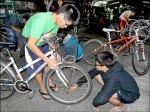 東華大學生巧手 廢棄單車回春