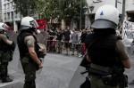 希臘繼續債務談判 態度軟化:若有好救助案可取消公投