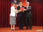 輸銀理事主席凌忠嫄:業務目標成長5%