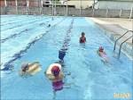 家長未陪伴 泳池變托兒中心
