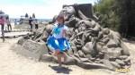 沙雕展螃蟹搞破壞挖洞 遊客:螃蟹也要作畫