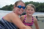 搭船遊河竟有巨魚躍出 5歲女童慘遭撞死