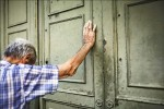 歐央有條件救急 希臘銀行仍關門