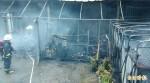 內湖康樂街精品百貨火警 消防局疏散73人