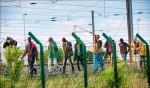 企圖偷渡到英國 2千難民闖海底隧道