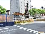 捷運工區路口圍籬降低 視野變寬